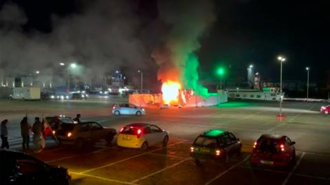 Riots, looting sparked by anti-curfew protests in Netherlands