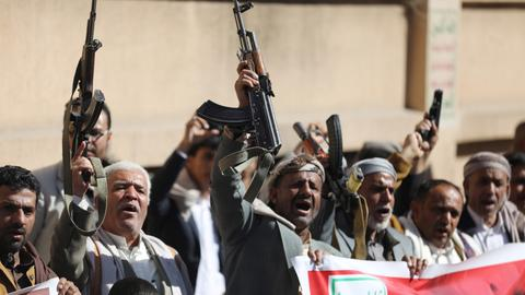 Yemen's Houthis make advances with government engaged in corruption: UN