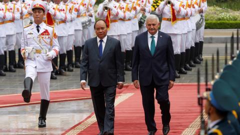 Turkish PM concludes Vietnam trip