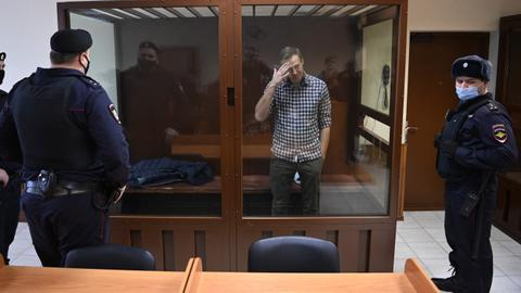 Kremlin critic Navalny relocated to penal colony