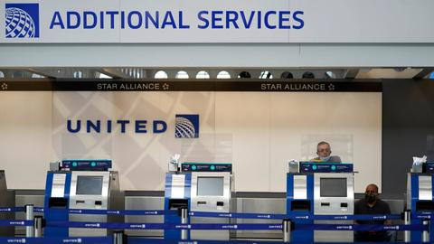 United Airlines will pay $49 million to settle air mail fraud case