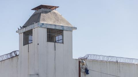 Haiti prison breakout leaves dozens dead and hundreds escaped