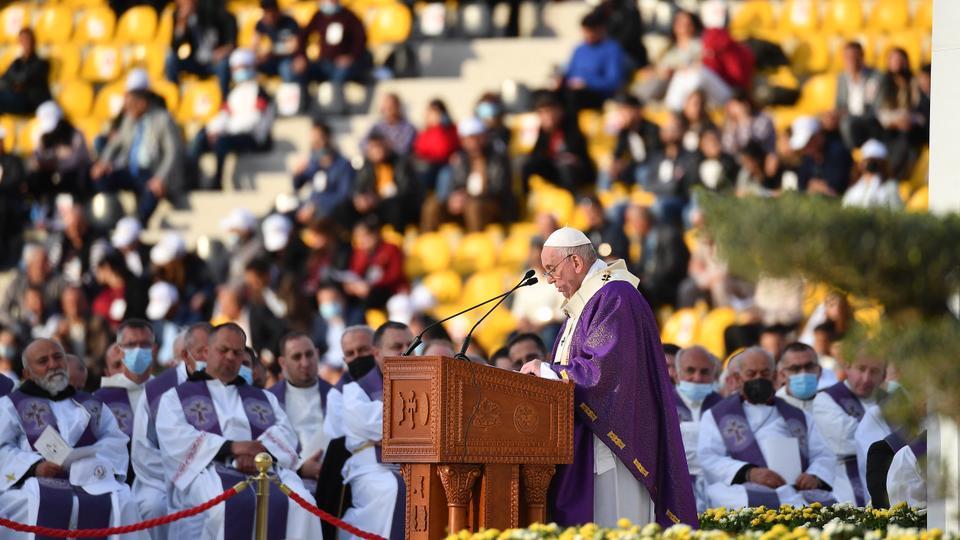 Pope Francis celebrates largest mass of his Iraq visit