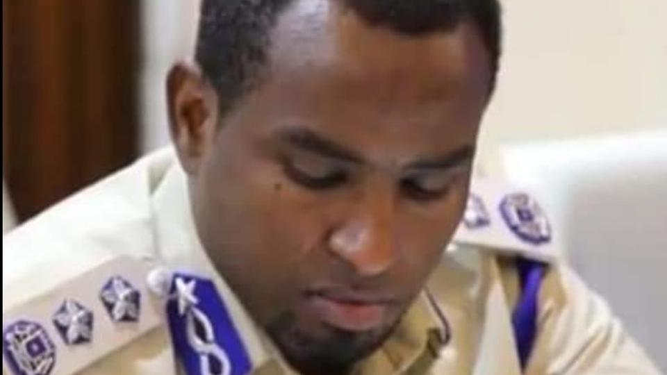 Mogadishu police chief fired over attempt to suspend Somali parliament