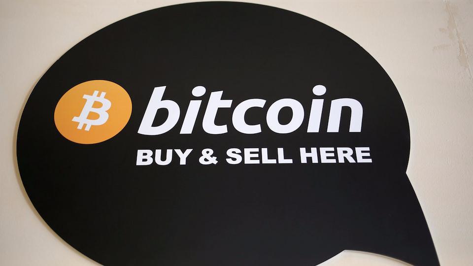Bitcoins hackers restaurant cs 01 csgo betting