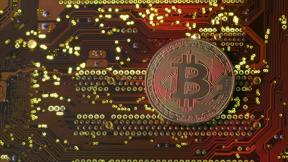 As Bitcoin's value soars, more and more powerful computers are being installed to mine the cryptocurrency, increasing the consumption of electricity.