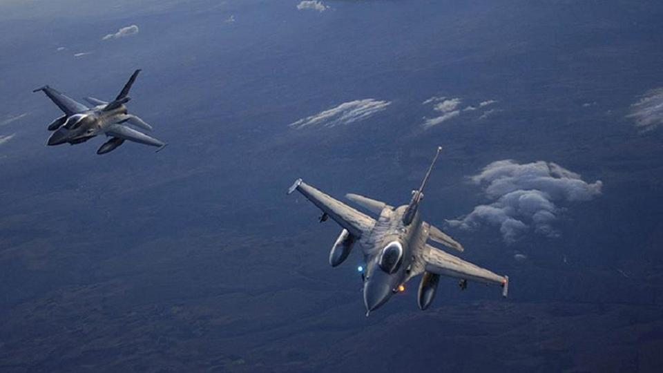 Turkish fighter planes on patrol.