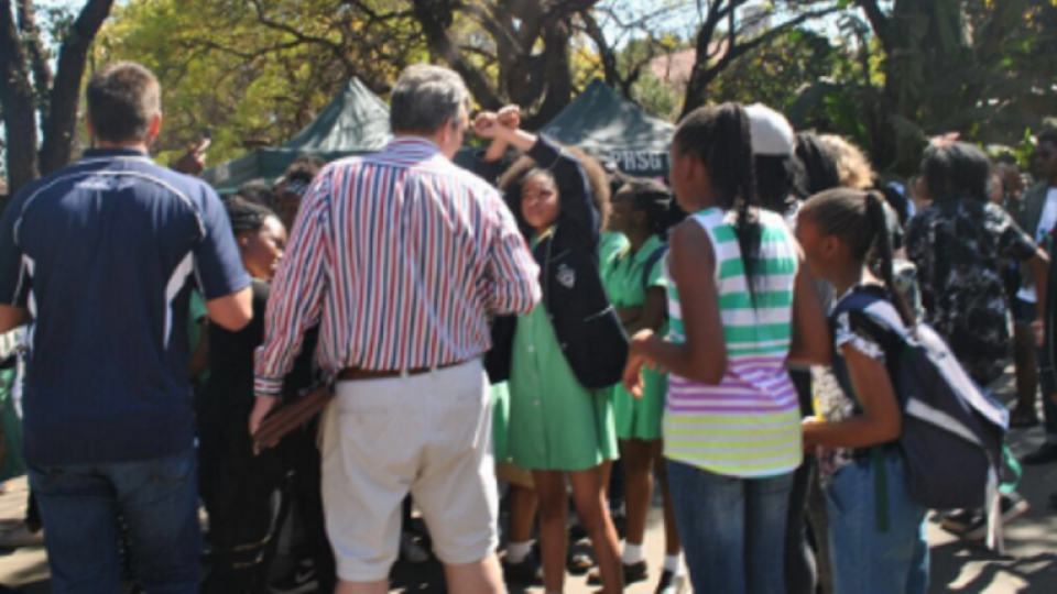 A learner confronts security at Pretoria High School for Girls. Image: Twitter/@amanda__kwele