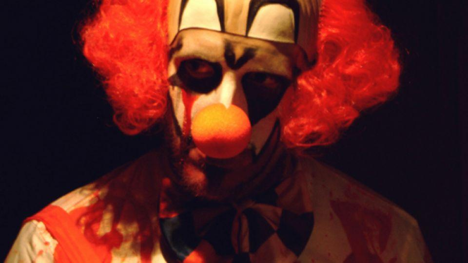Sightings of silent, menacing clowns all around the US state of South Carolina is no laughing matter for residents and police.