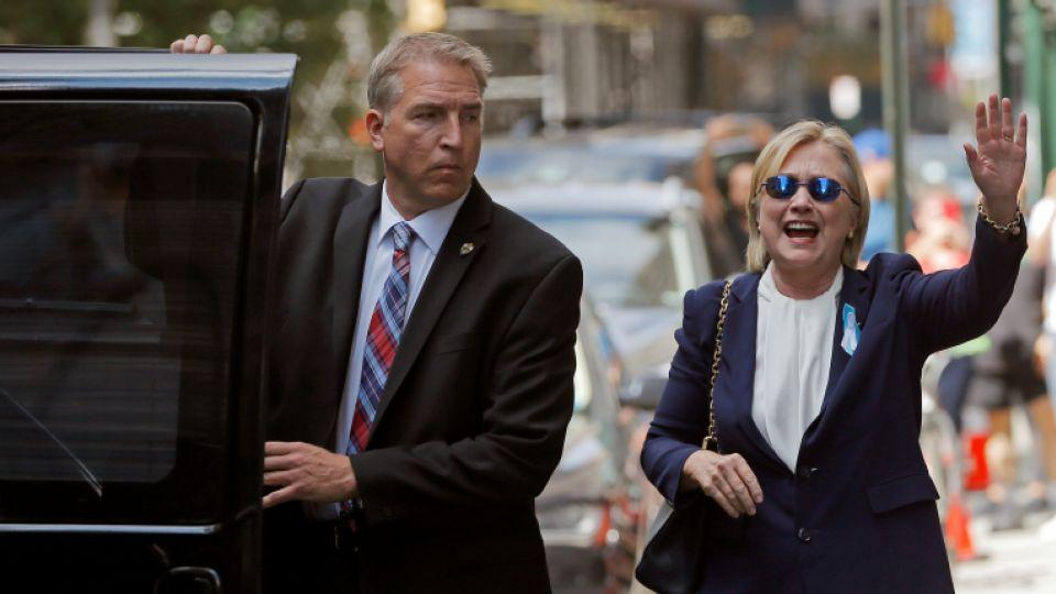 Clinton says she only felt dizzy and lost her balance for