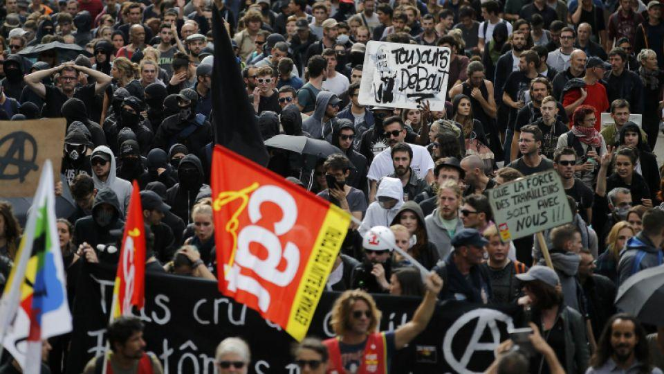 Protesters take part in a march in Nantes, western France, to demonstrate against the new French labour law, September 15, 2016