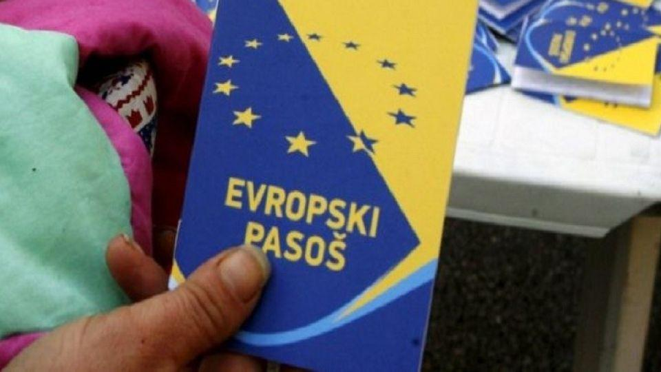 Bosnia and Herzegovina presented the application for European Union membership on 15 February, 2016.