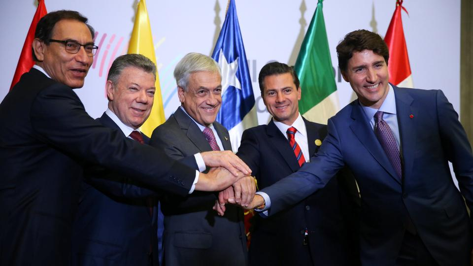 Peru's President Martin Vizcarra, Colombia's President Juan Manuel Santos, Chile's President Sebastian Pinera, Mexico's President Enrique Pena Nieto and Canada's Prime Minister Justin Trudeau meet during the VIII Summit of the Americas in Lima, Peru, April 14, 2018.