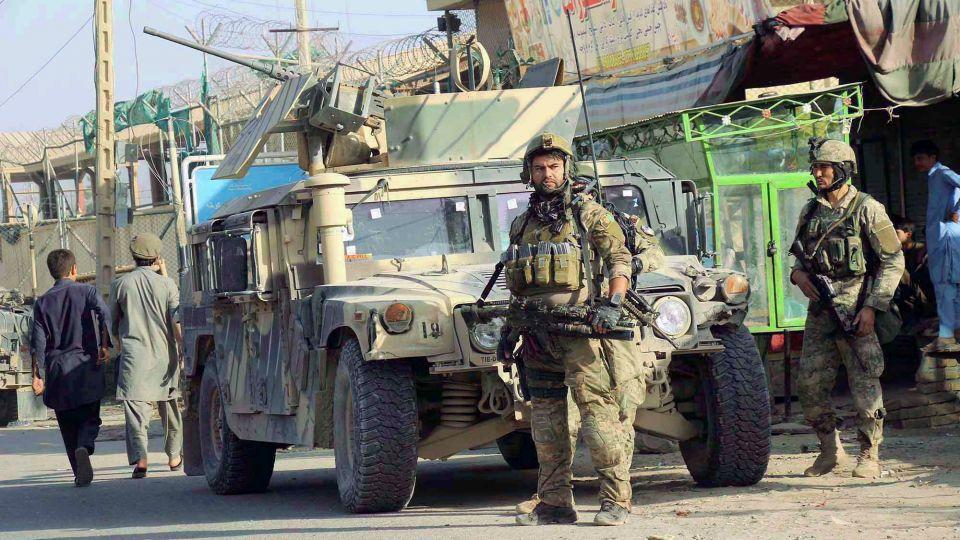More than 100 Afghan Special Forces and commandos have been dispatched to Kunduz.