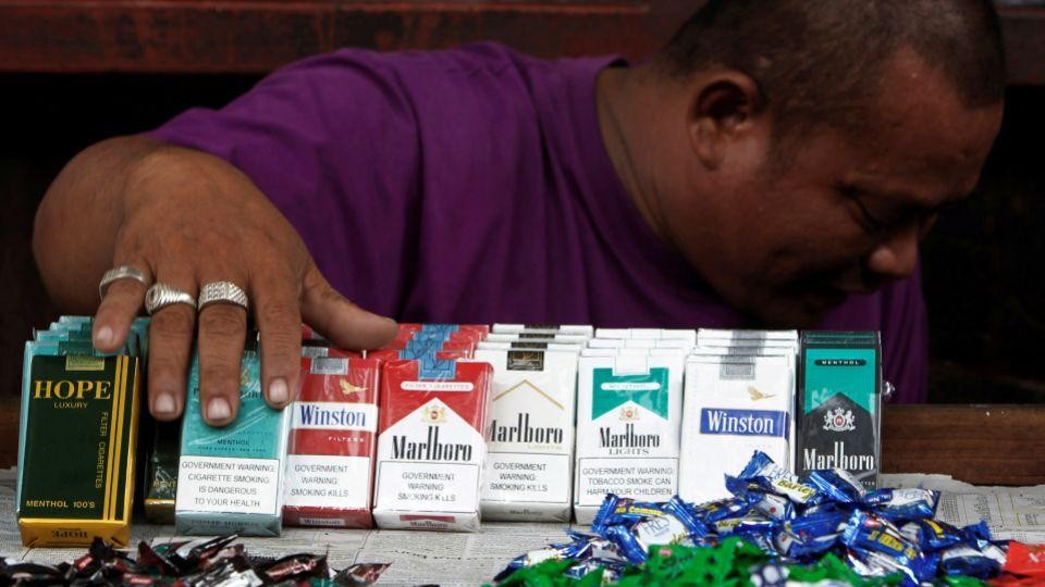 Public smoking ban awaits approval in Philippines