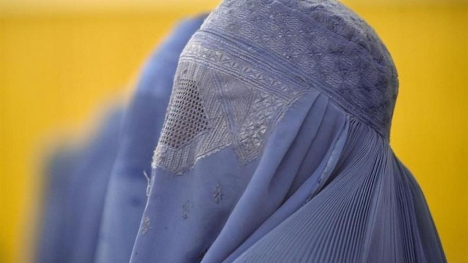 It is difficult for an Afghan woman to approach a male officer due to cultural and social reasons and if they do their complaints are seldom handled properly, non-governmental organisation Oxfam says.