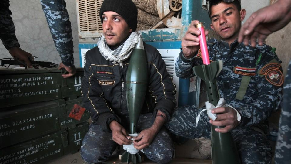 An Iraqi police commander said the advance on south Mosul would begin within two days.