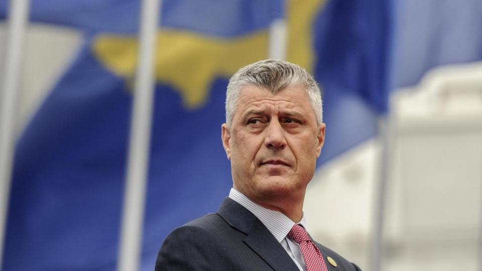 Kosova Cumhurbaşkanı Haşim Taki 8 Nisan 2016'da Kosova'nın Priştine kentinde yapılacak cumhurbaşkanlığı açılış töreninde görüştü.