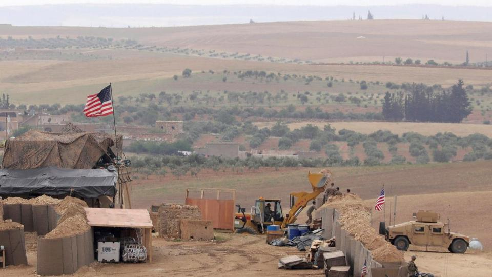 US forces set up a new base in Manbij, Syria on May 8, 2018.