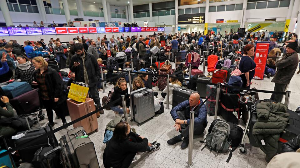 More than 100,000 passengers had been scheduled to pass through Gatwick on Thursday on 760 arriving and departing flights. (December 20, 2018)