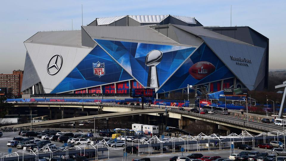 Costly Super Bowl Stadium Sparks Debate Over Inequality