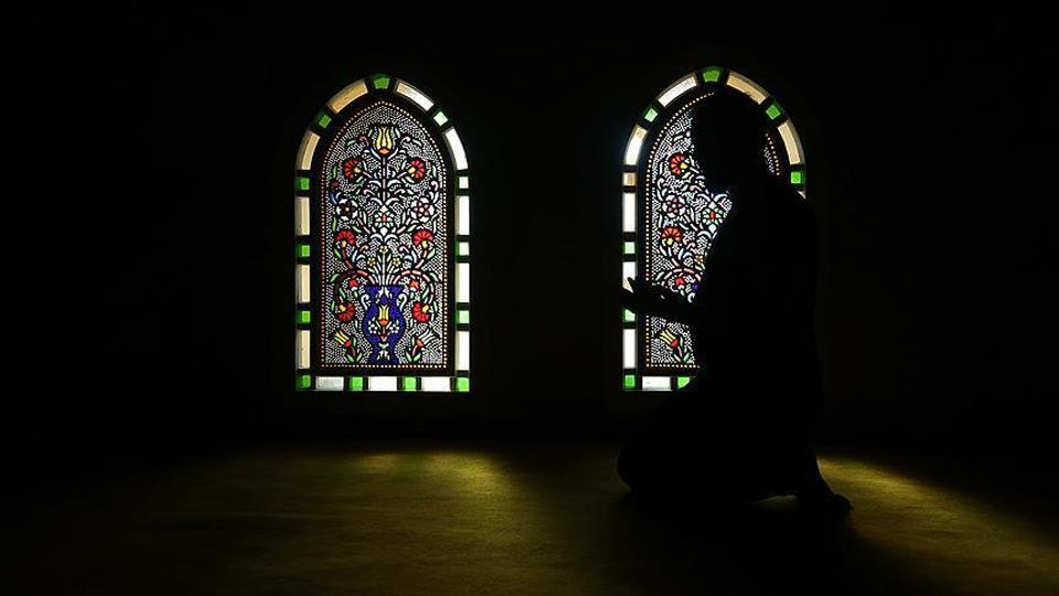 Van Klaveren's decision follows in the footsteps of Arnoud van Doorn, another former PVV member who converted to Islam.