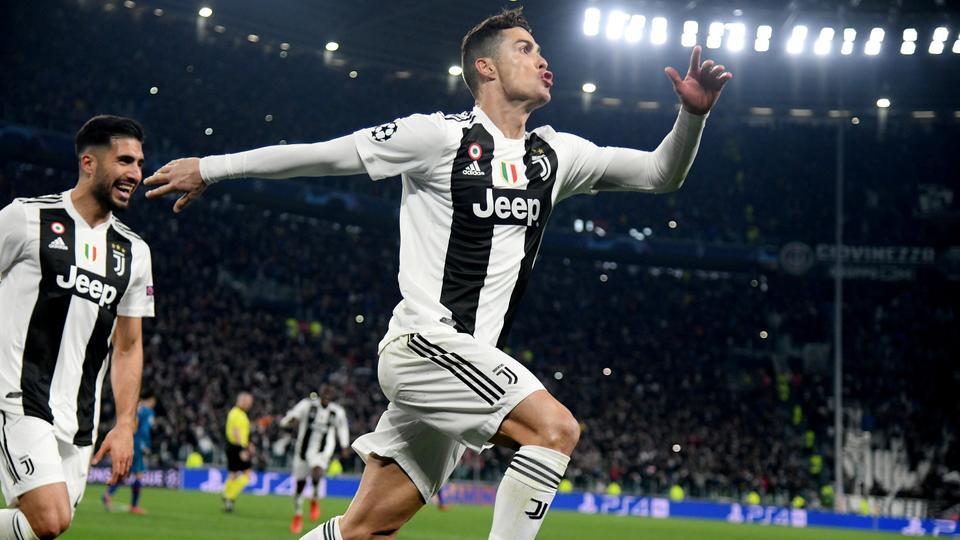Ucl Cristiano Ronaldo Hat Trick Leads Juventus Into Quarters