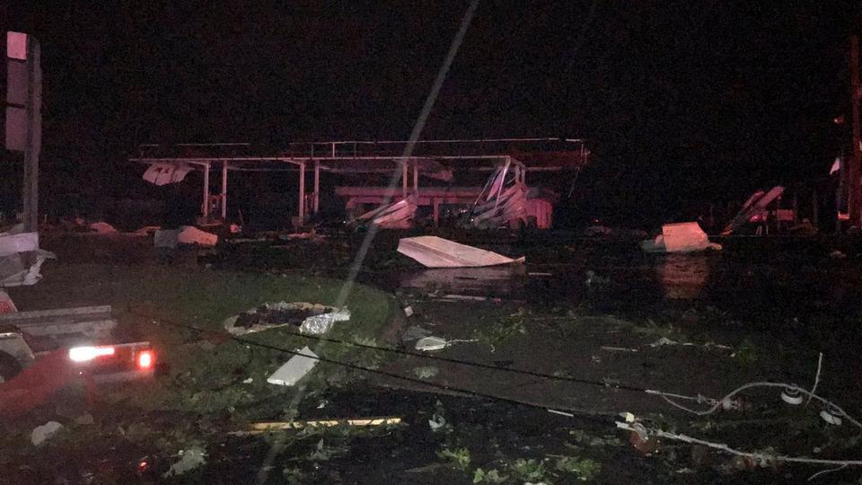 Tornadoes kill at least three in Missouri