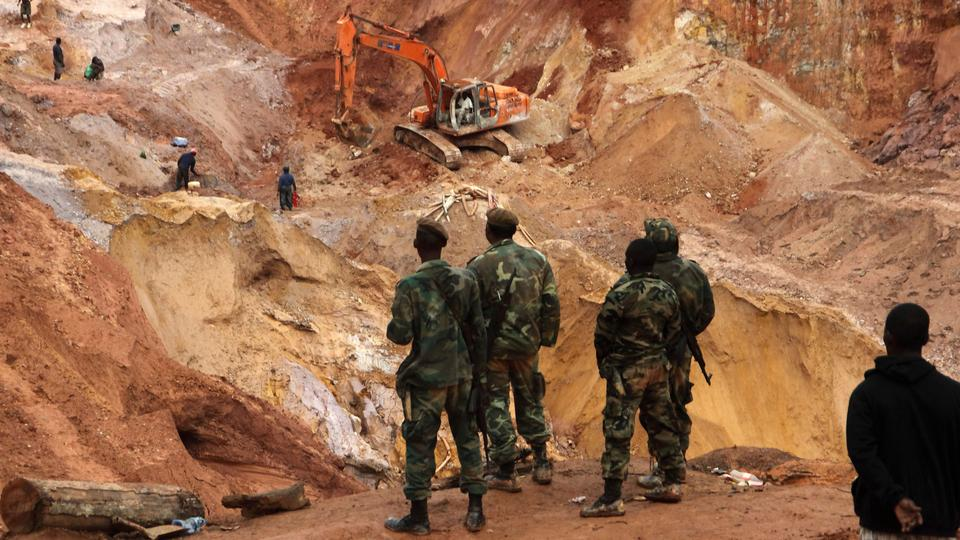 Four killed in rock slide at Guinea gold-mining site
