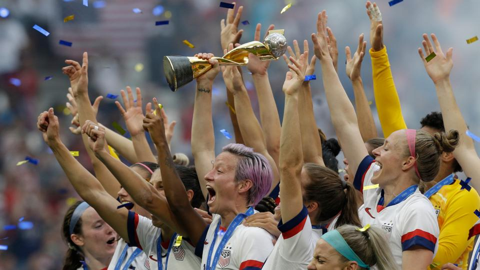 Usa Out Of World Cup 2020.Us Women Footballers Equal Pay Lawsuit To Go To Trial In 2020