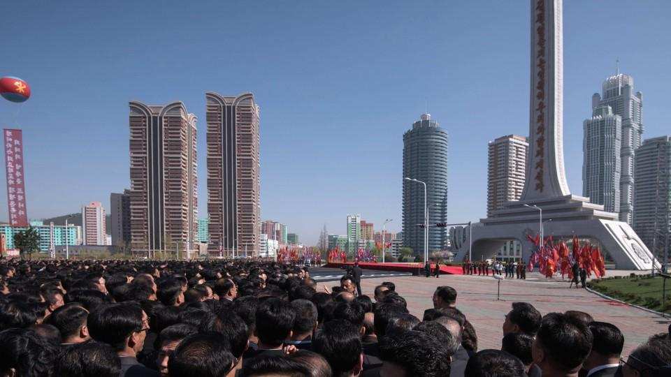 North Korea unveils new residential complex in Pyongyang