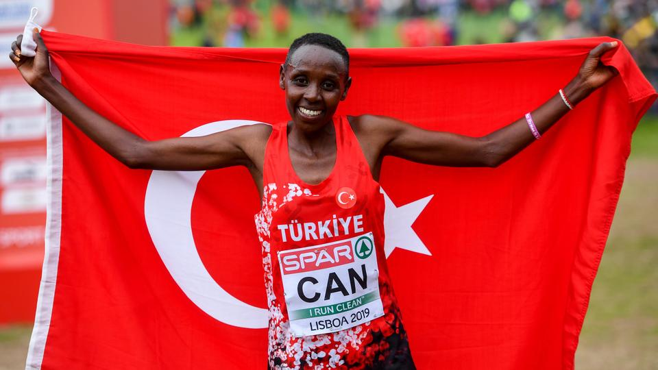 Yasemin Can of Turkey celebrates winning the Senior Women's event during the European Cross Country Championships 2019 at Bela Vista Park in Lisbon, Portugal.