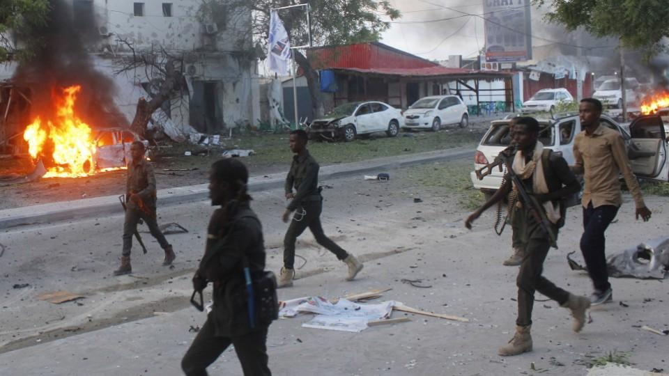 The three main enemies of Somalia: corruption, terrorism and poverty