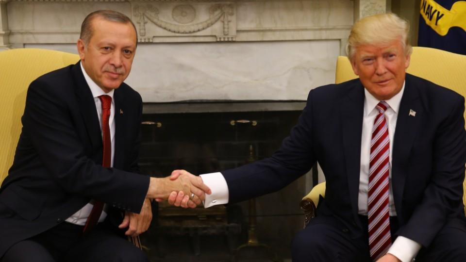 Αποτέλεσμα εικόνας για trump erdogan handshake