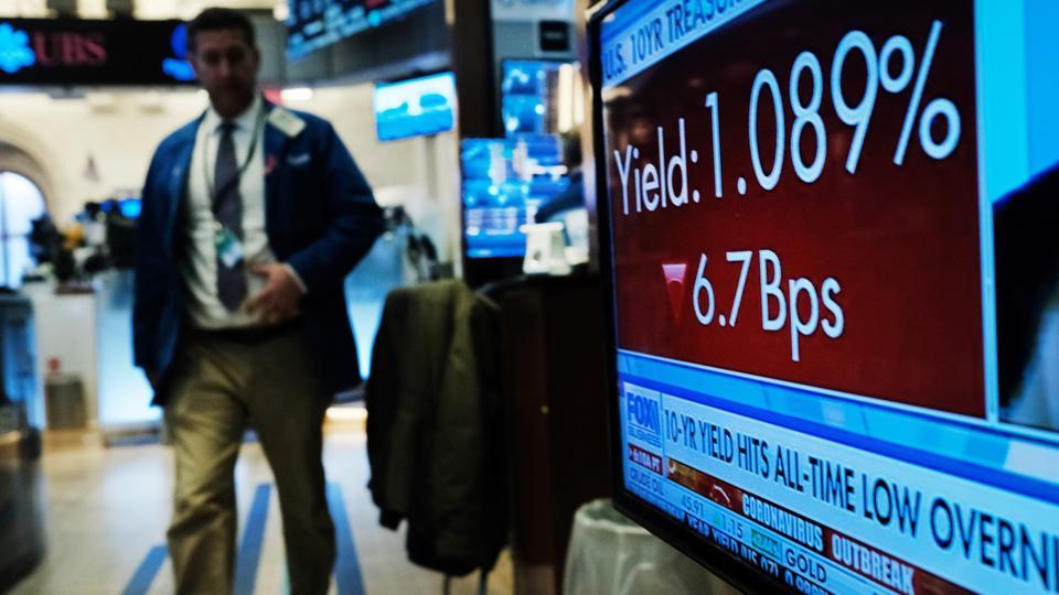"""Résultat de recherche d'images pour """"economy, stock exchange, international hotels, 2020"""""""