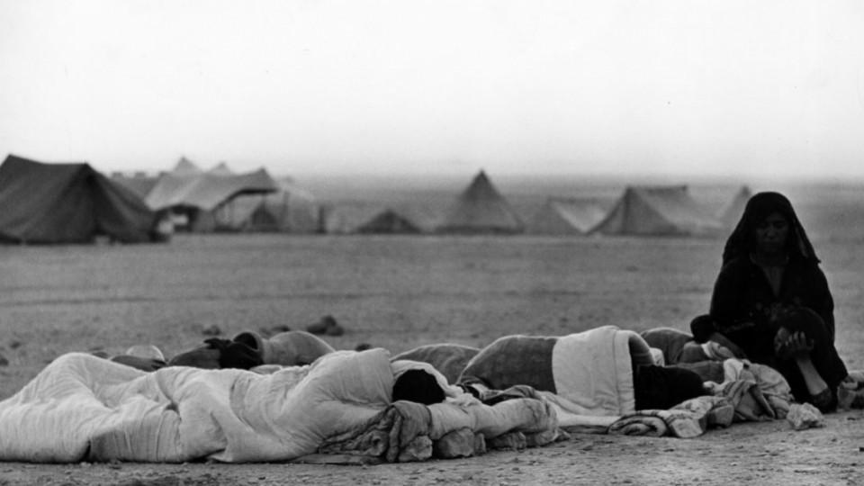 Palestinian Refugees Made Do With Blankets And Few Belongings In The Refugee Camps Of Wadi Dlails