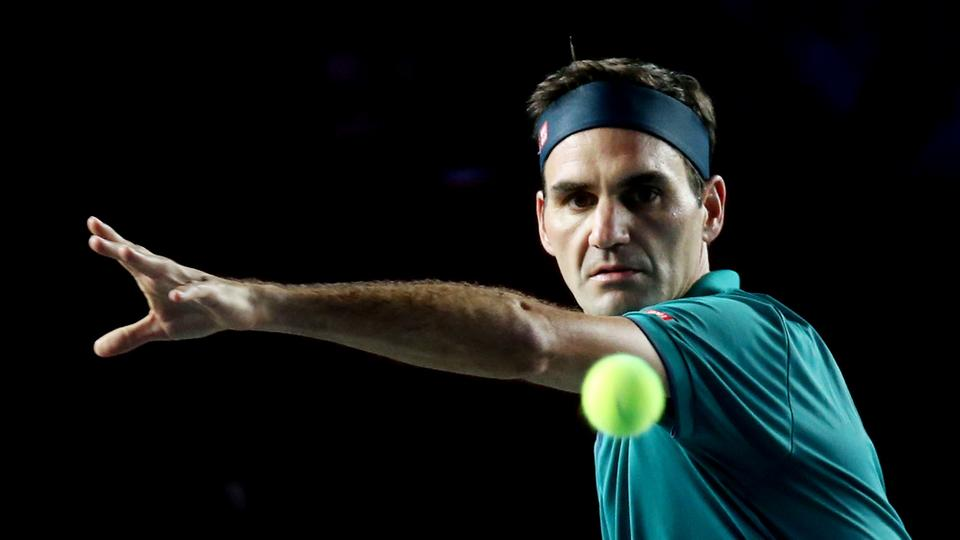 Roger Federer out of tennis until 2021 after knee surgery