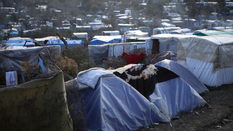 Yunanistan'ın Midilli Adası'ndaki Moria kampının yanındaki mülteci ve göçmenler için geçici bir kampın görünümü, 11 Mart 2020.