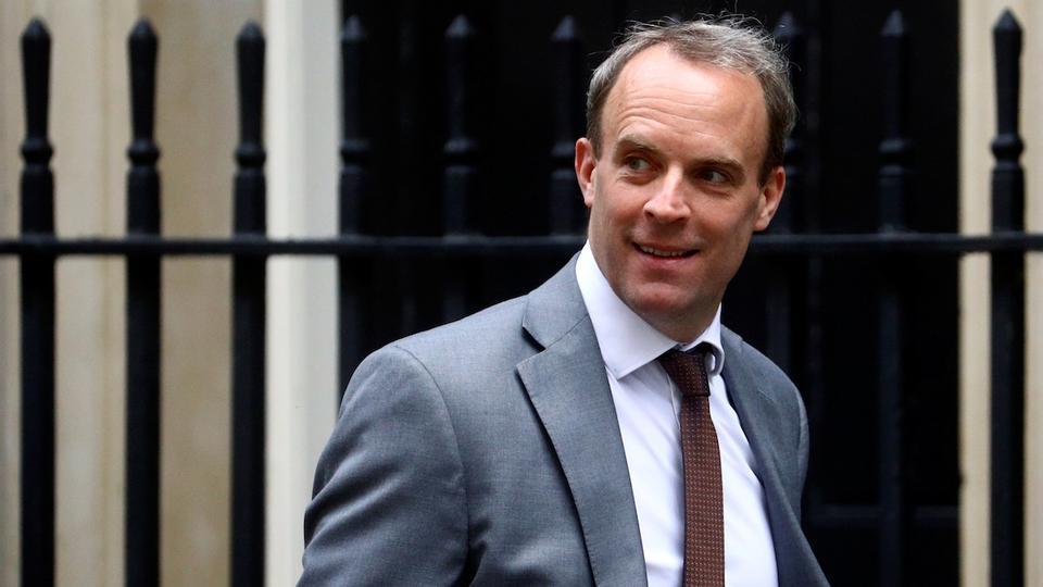 İngiltere Dışişleri Bakanı Dominic Raab, 2 Temmuz 2020'de İngiltere'nin Londra kentindeki Downing Caddesi'ne geldi.