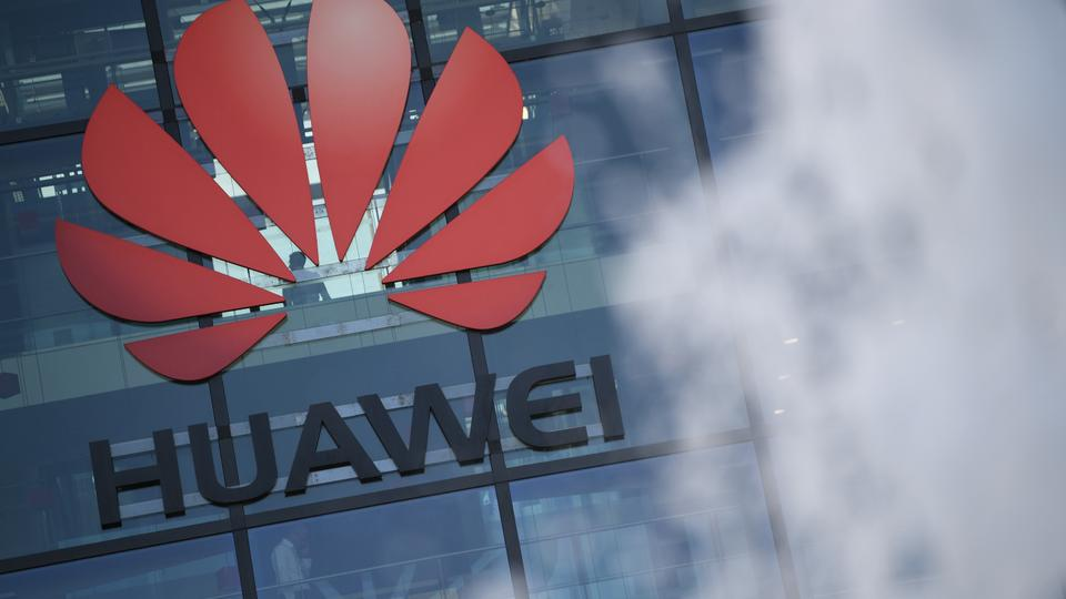 İngiliz telekom operatörleri yıl sonunda Huawei'den 5G ekipmanı almayı bırakmalıdır.