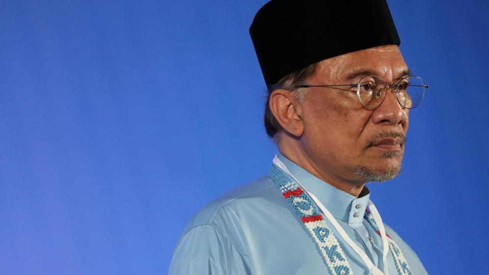 Malaysia S Anwar Says Secured Strong Majority To Form Government