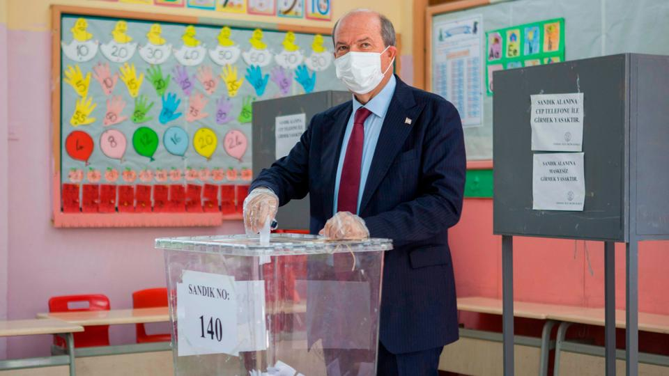 Turkish Cypriots vote in second round of presidential elections