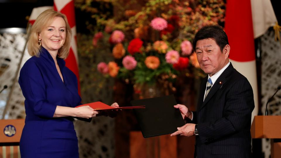 UK signs post-Brexit trade deal with Japan