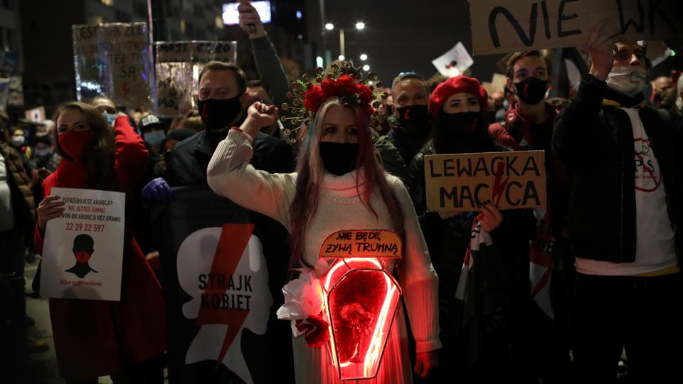 Abortion In Poland Nearly Banned As-Is Only Allowed If Raped, Incest Or Pregnancy Life Threat