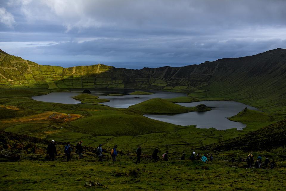 A imagem mostra o Vale Caldrow no Corvo, uma ilha do arquipélago dos Açores a 12 de março de 2021.