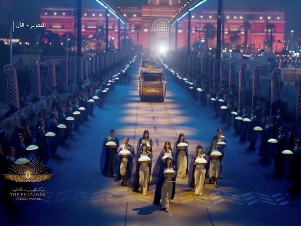 منظر عام لاستعراض خلال حفل نقل المومياوات الملكية في القاهرة ، مصر ، 3 أبريل 2021.