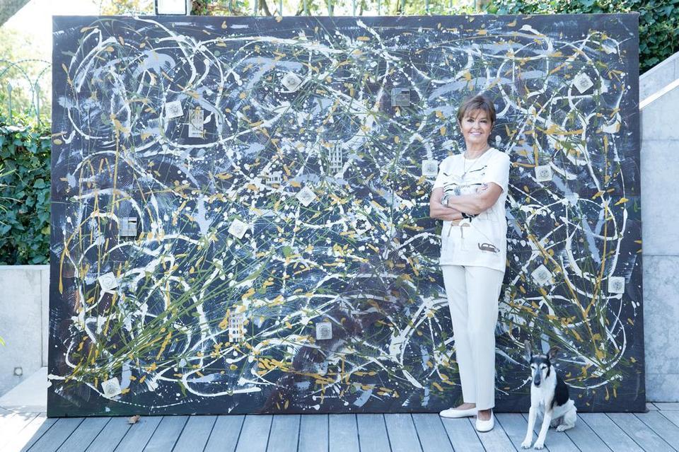 Serife Bilgili Ercanturk is an artist and the vice president of the executive board of Bilgili Holding.