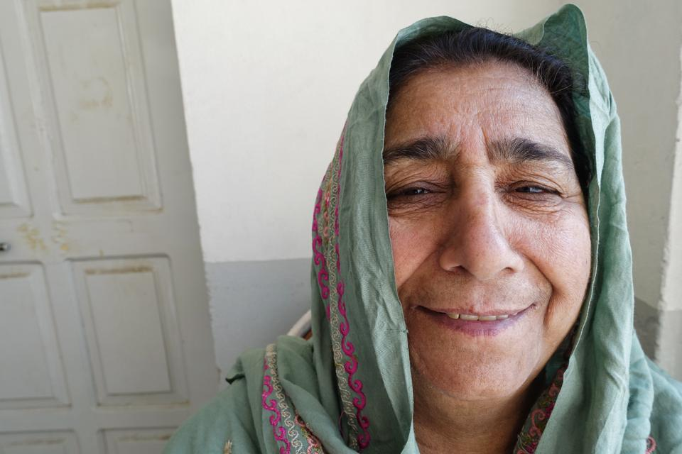 Zareena Darr moved to Toronto in her late 20s and instead of writing letters she sent messages to her family in Pakistan through cassette tapes.
