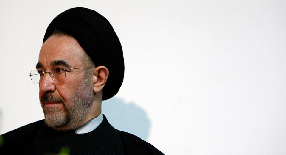 Former Iranian President Mohammad Khatami waits to make a keynote speech at a university in Melbourne, Australia on March 26, 2009.