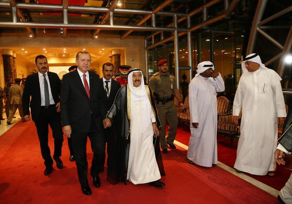 President Erdogan met Kuwaiti Emir Sheikh Sabah al Ahmed al Cabir es Sabah on July 23 in Kuwait.